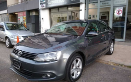 Volkswagen Vento 2.5 At Luxury, Autodesco.